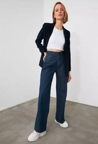 Новые джинсы трубы