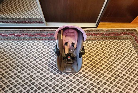Детско столче за малко бебе