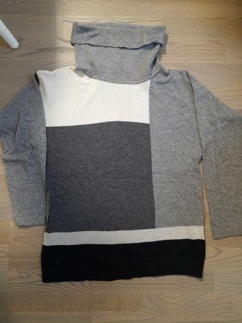 Bluza in stare excelenta, marimea M/L, 40% lana merinos, 30% casmir