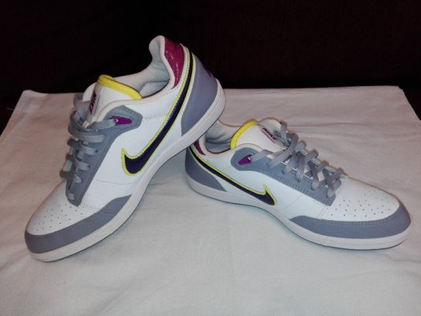 Adidasi Nike,Marimea 38!NOI!ORIGINALI!Model Deosebit!100% PIELE!