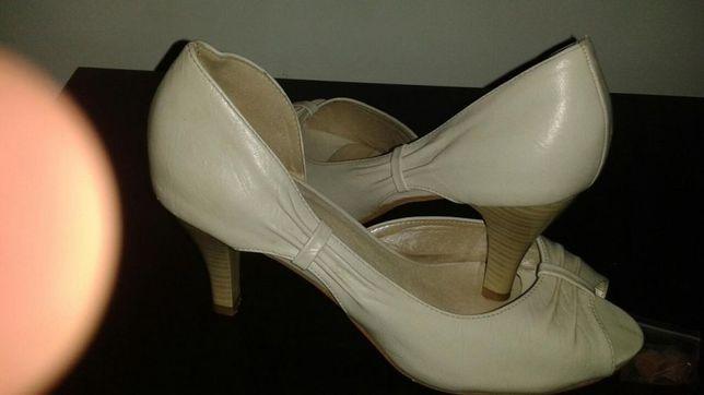 Pantof-sandale crem mar.38