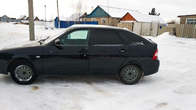Продам автомобиль Приора 2