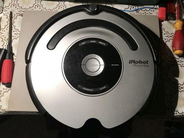 Dezmembrez Irobot / piese / baterie / roti / baza / incarcator / perii
