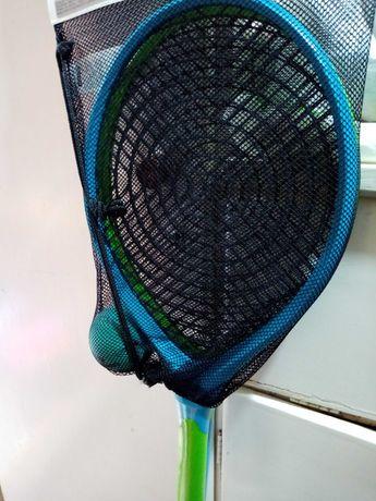 Тенис на корт ново
