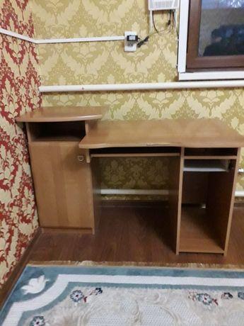Продаётся компьютерный стол