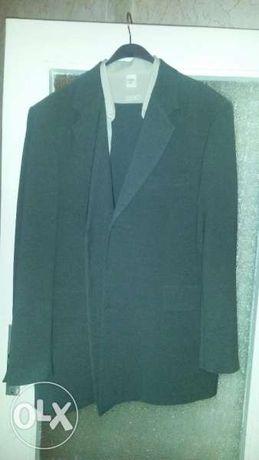Мъжки костюм с подарък риза