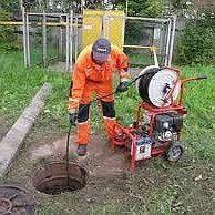 Прочистка канализации. Сантехник.Чистка и промывка труб спец-техникой