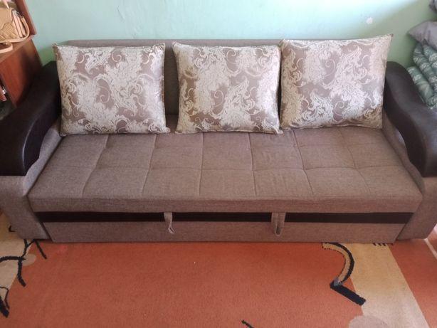 Мебел диван     срочно