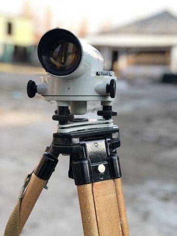 Нивелир оптический советский