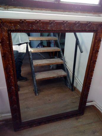 Oglinda vânătorească  sculptata manual retro/ vintage