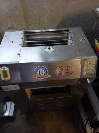 Хлебопекарное оборудование, тестомес тесто раскатка