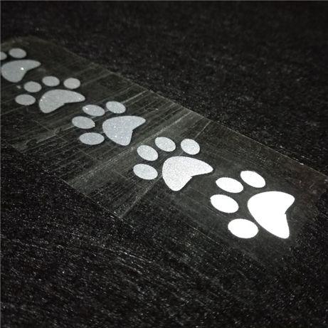 Термозалепваща се светоотразителна лента във формата на стъпчици. Напр