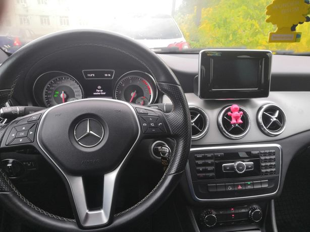 Mercedes-Benz cla 200/schimb cu teren sau platforma auto