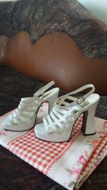 Sandale damă .