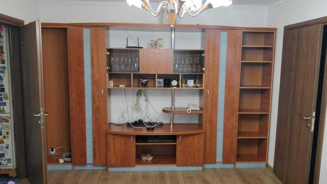 Proprietar, inchiriez apartament 3 camere renovat