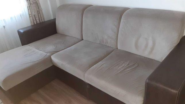 Vand canapea doua persoane
