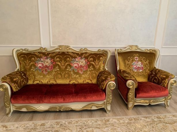 Срочно Продается  диван с креслами