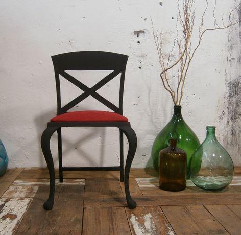 Scaun vechi din fonta, negru, designer italian (Mobila/Metal/Chair)