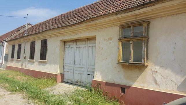 Casa de vinzare in Liubcova