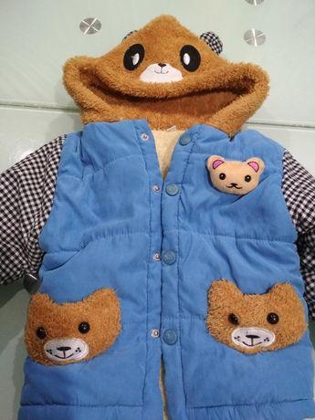 Продам в отличном состоянии костюм на осень до 3х лет.