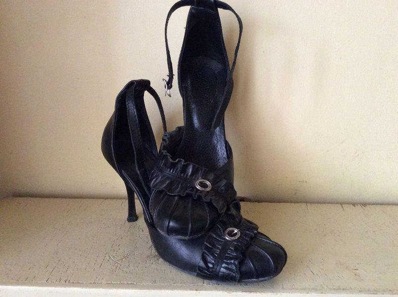 Дамски обувки от естествена кожа гр. Исперих - image 1