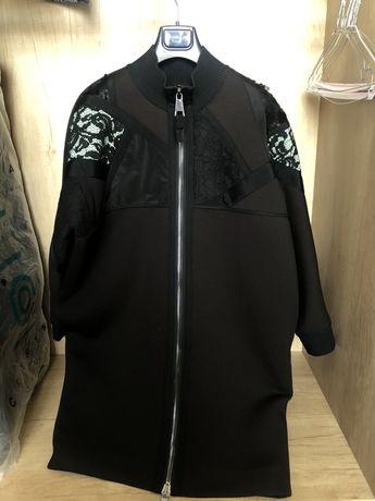 Продаю пальто из неопрена казахстанского бренда 2Happy