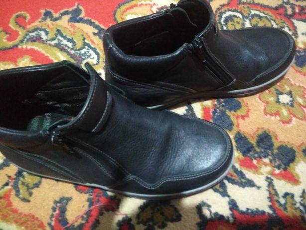 Ботинки осенние 36 размер