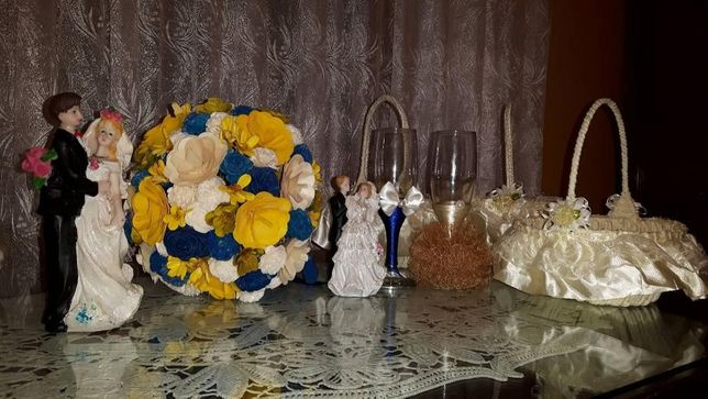 Set nunta, buchet, pahare miri, cosuri pentru petale, figurine tort