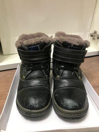 Продам детскую зимнюю ботинку для мальчиков размер 32