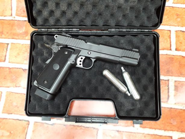 REDUCERE Colt 1911 recul FullMetal Pistol Airsoft Cadou bile co2