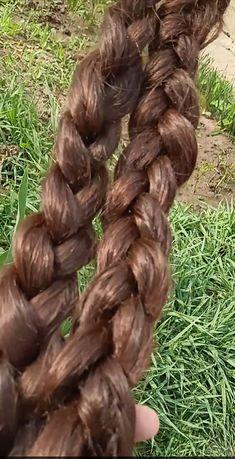 Две Косы продам натуральный волос .