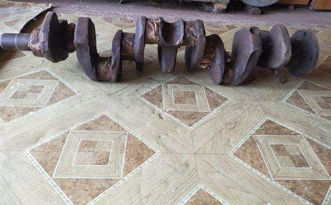 Продам Новый коленвал от горбатого зила или меняю на дрова