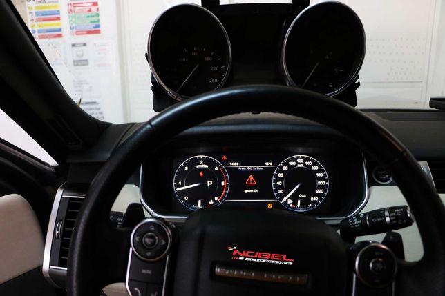 Retrofit ceasuri bord de la analog la display Range Rover si Mercedes