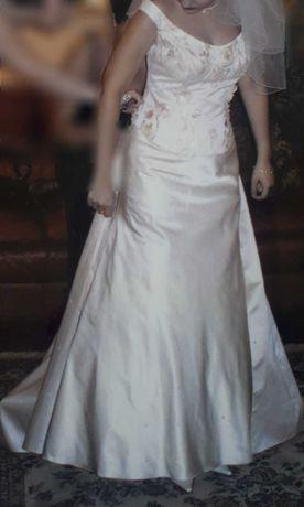 Rochie mireasa din tafta si dantela pe corset,culoarea sampaniei