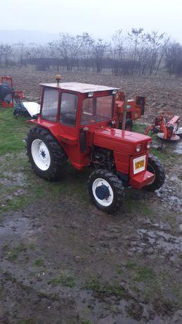 Vand Tractor utb 4×4 dtc Schimb cu 683  DTC