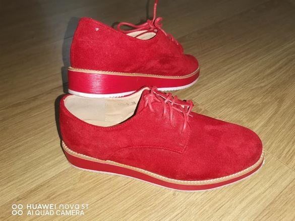 Велурени обувки -