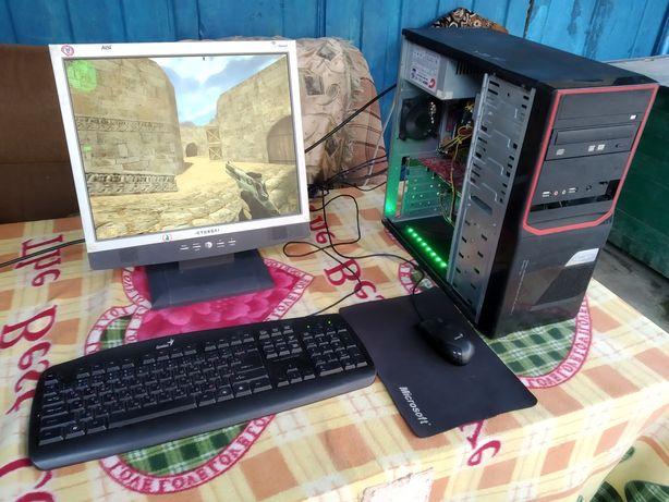 Компьютер для детей пойдет, с играми.