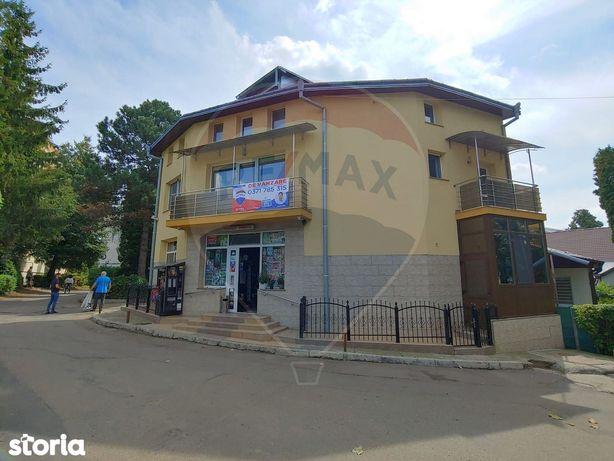 Casă/Vilă situată în centrul Sucevei cu afacere la cheie