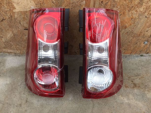 Lampa stop tripla NOUA DREAPTA Dacia Logan MCV 2006 > 2012