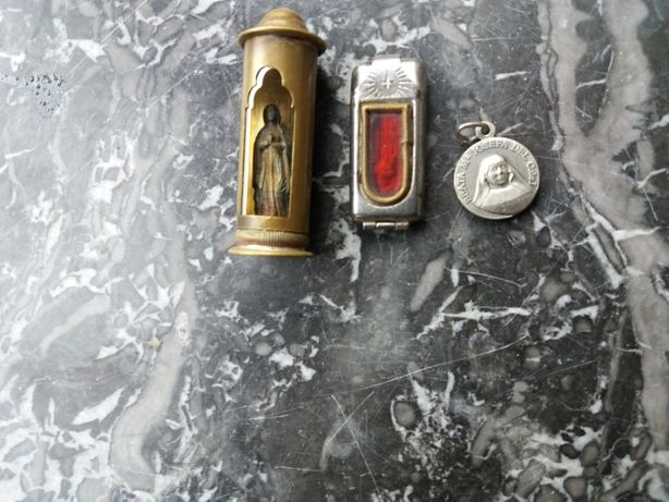 Amulete de calatorie, relicvar vechi