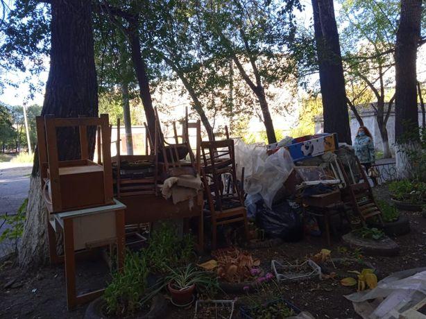 Мебель для дома , дрова для печки
