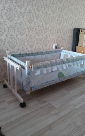 Люлька детская ,раскачивающаяся, детская кроватка для малыша