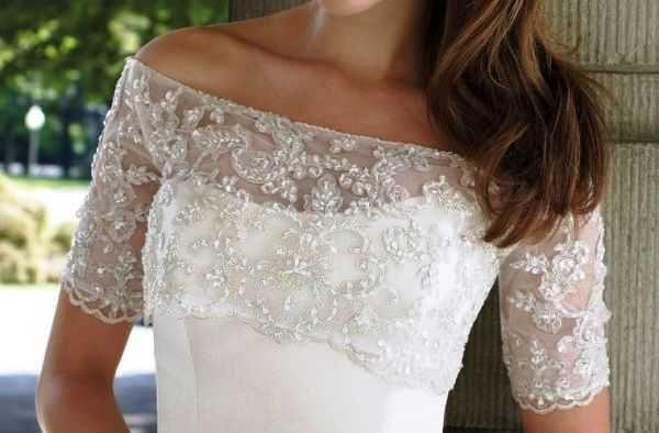 Вышитый белый топик для комбинации с платьем,  юбкой, со свадебным