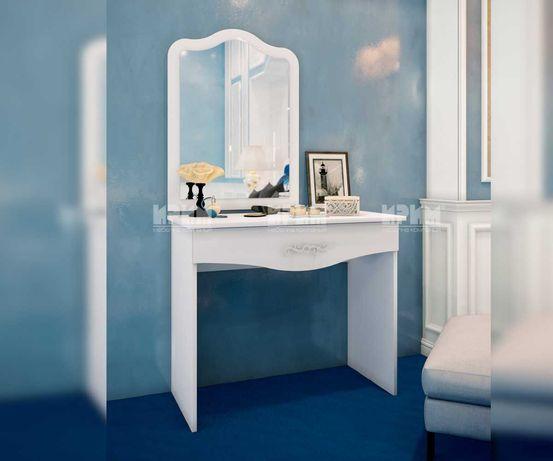 НОВИ бяла тоалетка с огледало