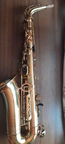 Saxofon + muștiuc Vandoren A6 + Saxholder pro