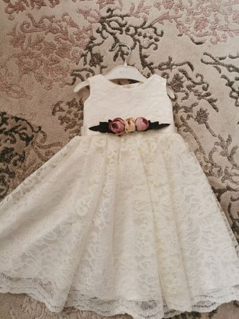Детска рокля за една годинка