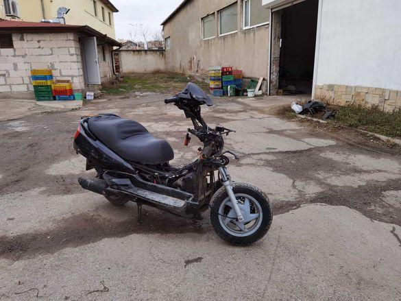 Скутер Honda foresigh/форсай 250 на части