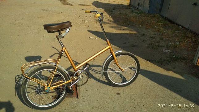 Велосипед кама,цвет золото в отличном состоянии
