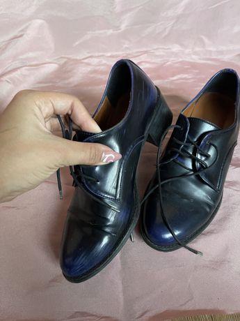 Ботинки 35р