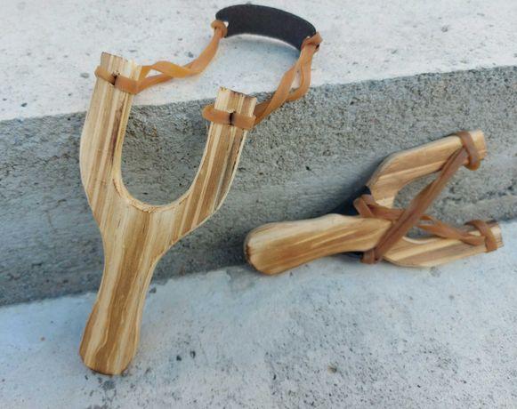 SET 2 Prastii din lemn , usoare set nou , elastice